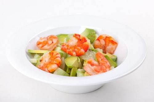 Салат с огурцом авокадо и креветками рецепт с
